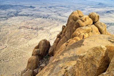 View from the Spitzkoppe summit - photographer D. Reimann